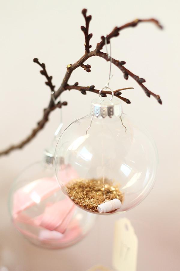 110613-ornament-advent-tinsel.jpg