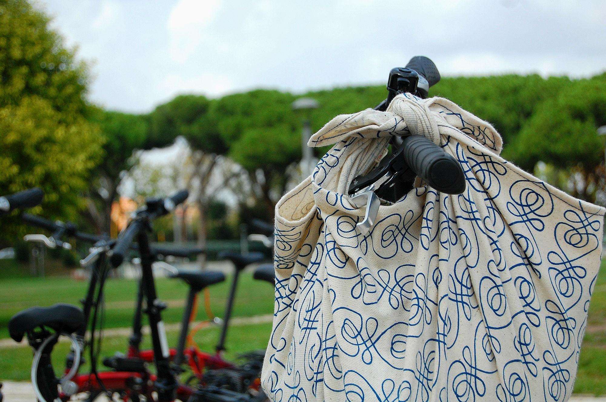 rokka_furoshiki_bike_bag.jpg