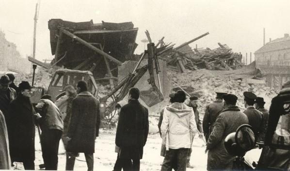 Felrobbantott Vadászkürt (1976) 598.jpg