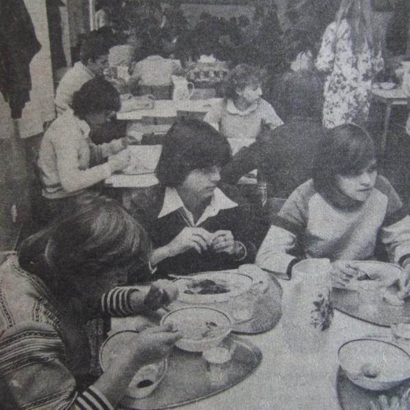 kozponti_menza_pecs_1980.jpg