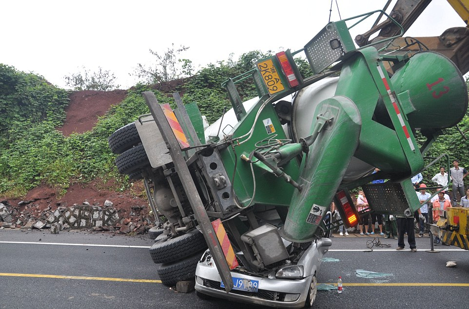 Horrible Car Accidents Images