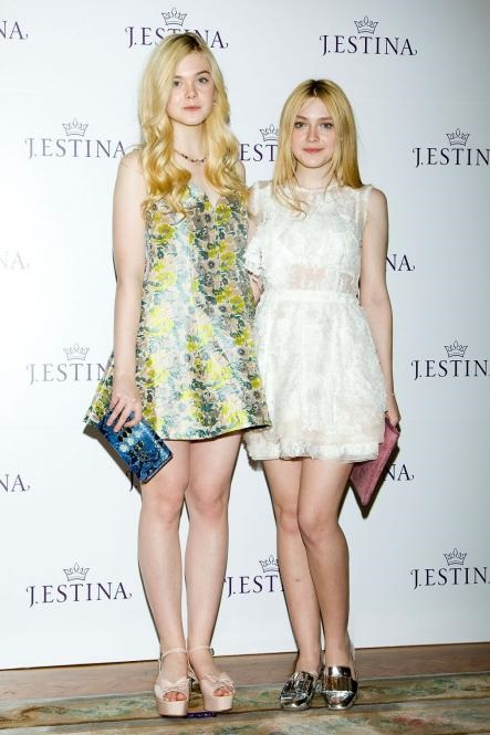 9704-actresses-dakota-fanning-and-elle-0x665-2.jpg