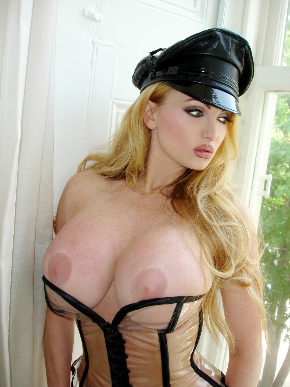 porno bi vibeke skofterud nude