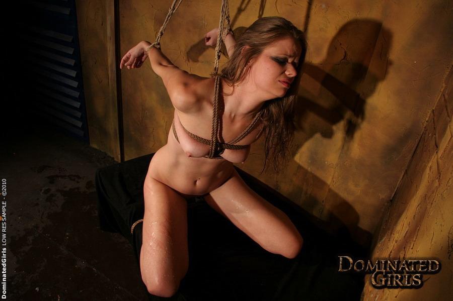 http://m.cdn.blog.hu/po/pornolover/image/dominated-maledom-pain-2.jpg?full=1