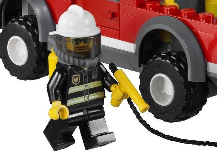 Lego-City-7206-fireman.jpg