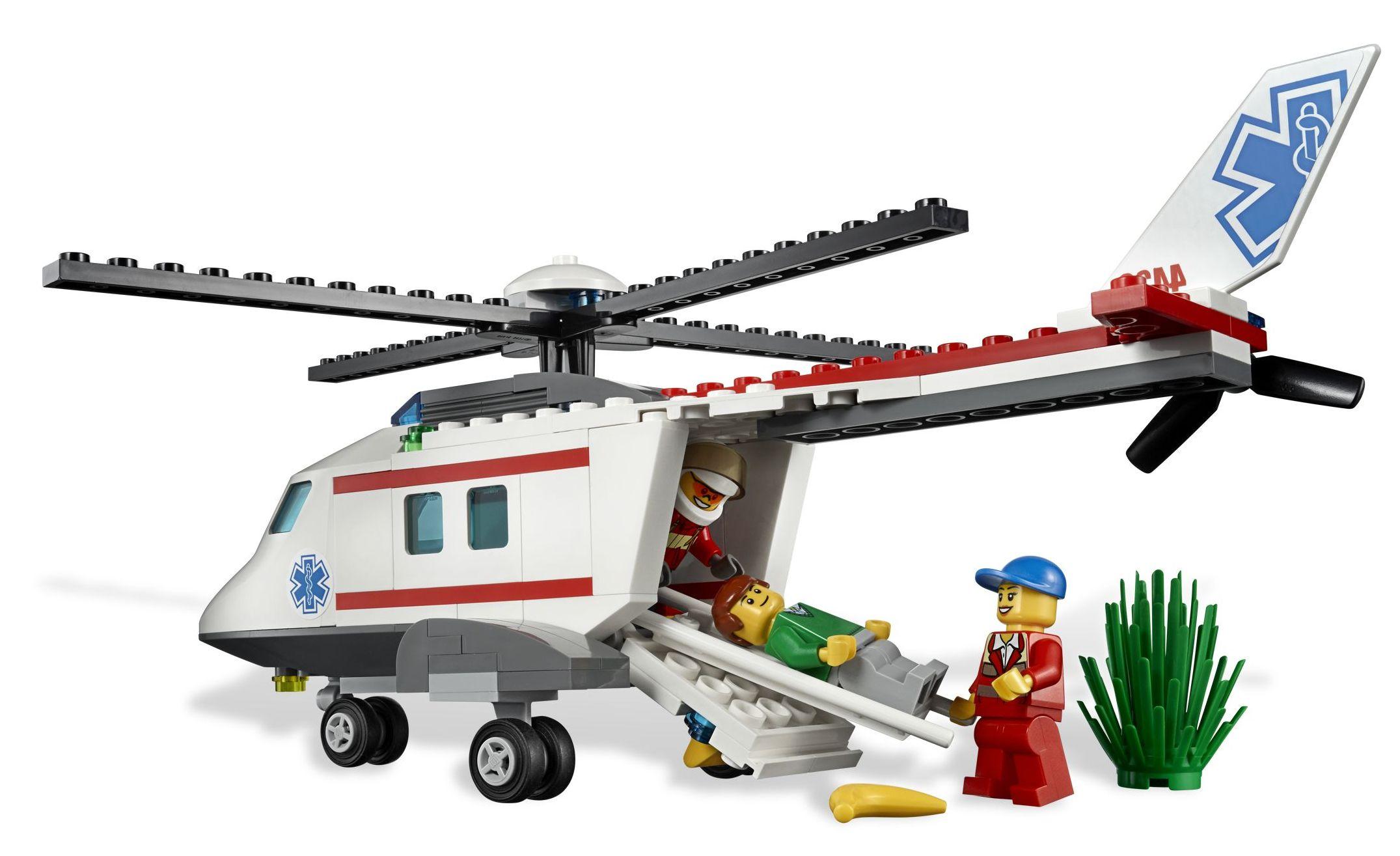 ibrickcity-lego-4429-hospital-helicopeter-rescue-summer-4.jpg