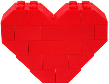 lego_heart_pin_close_up.jpg