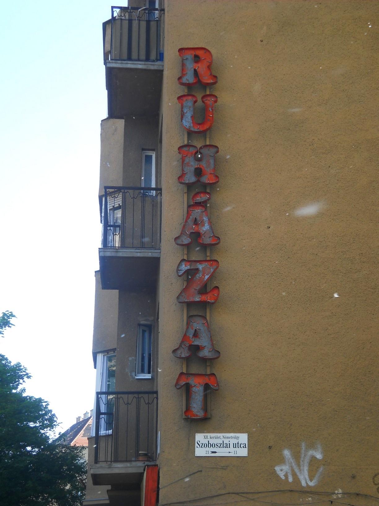 XII., Böszörményi út–Szoboszlai utca sarok
