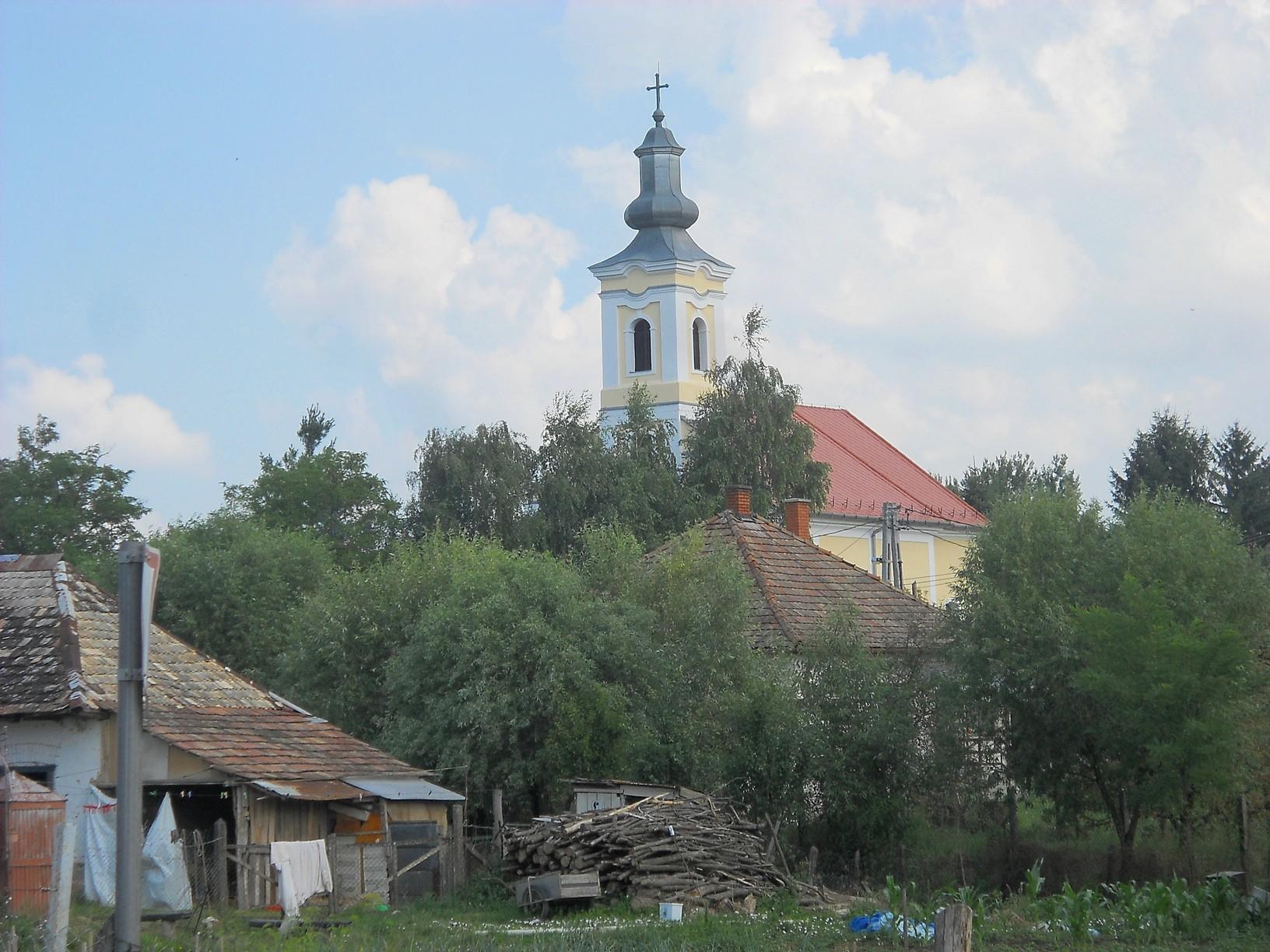 Cserhátsurány római katolikus temploma