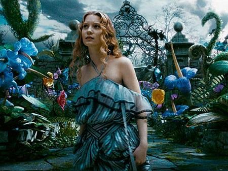 Alice-in-Tim-Burton-s.jpg