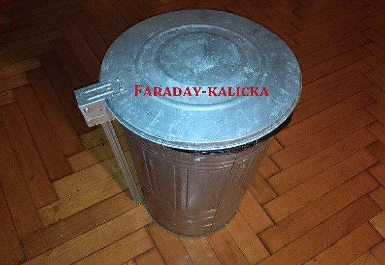 Faraday kalicka.jpg