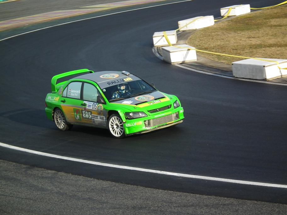 2013-Szilveszter Rallye-jótékonyság2.jpg