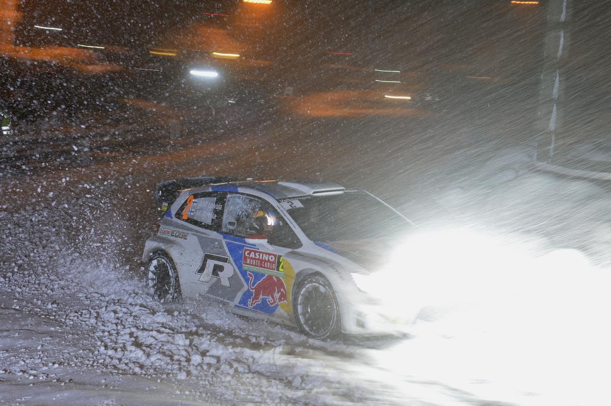vw-20140118-9758-low-VW-WRC-2014-01-DR1-1965.jpg