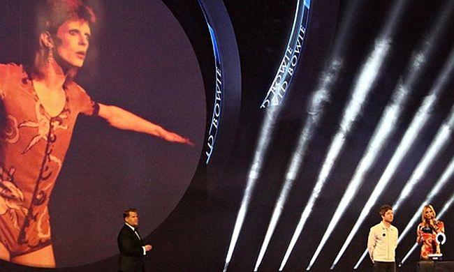 Bowie-Award-Brit-Awards-008.jpg