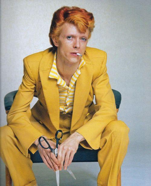 bowie 1974.jpg