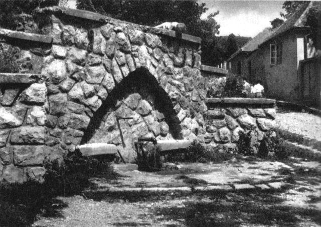 1962 Rókus domb Kerlejala török kút 640x.jpg