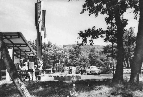 1967 Mandulas Camping-2.jpg