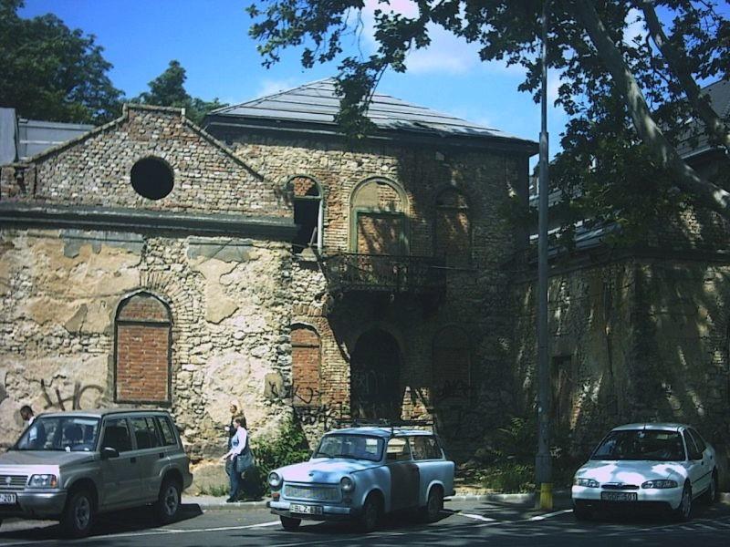 2006 Szabadásg úti romosház-0.jpg