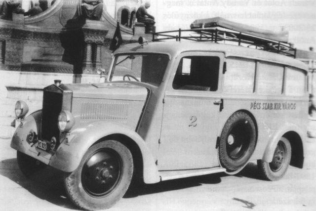 autogyar_mentőautó 1930-as évek.jpg