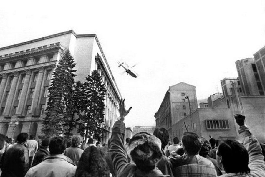 ceausescu_helicopter_1_.jpg