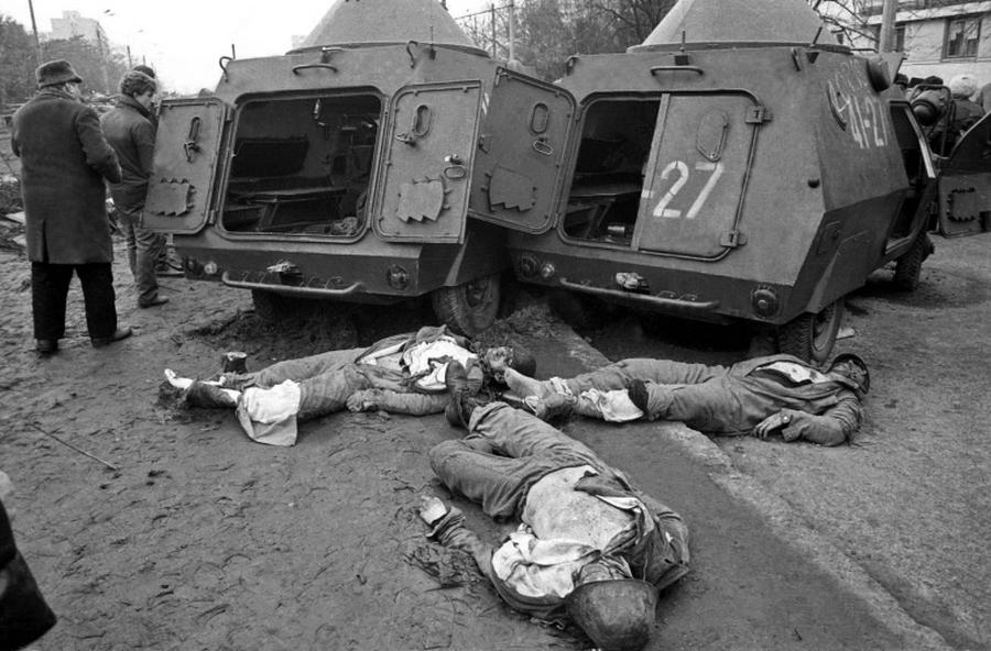 drumul-taberei-victims-bucharest-romania-romanian-revolution-1989-revolutia-romana[1].jpg
