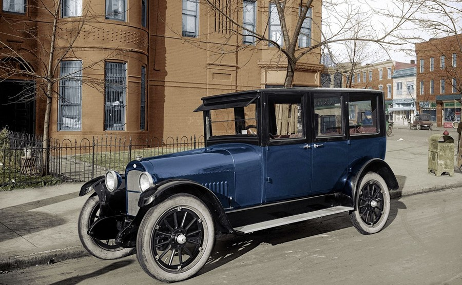 1921 Nash Sedan, Washington, DC..jpg