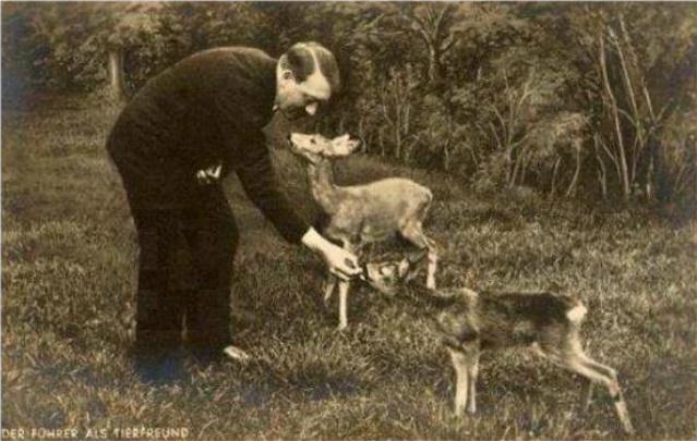 1940hitler_deere.jpg