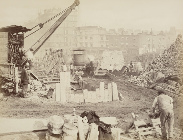 Construction of the Metropolitan Railway, circa 1861 (12).jpg