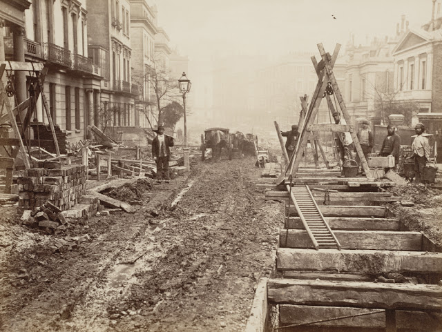 Construction of the Metropolitan Railway, circa 1861 (13).jpg