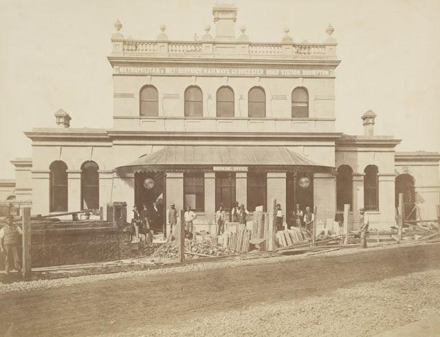 Construction of the Metropolitan Railway, circa 1861 (17).jpg