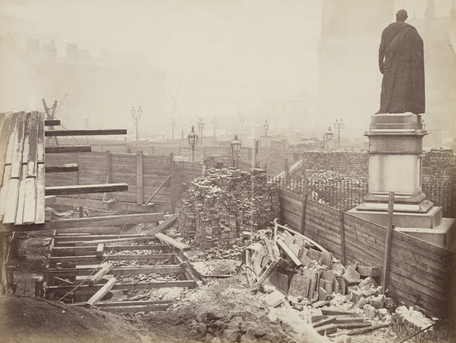 Construction of the Metropolitan Railway, circa 1861 (6).jpg