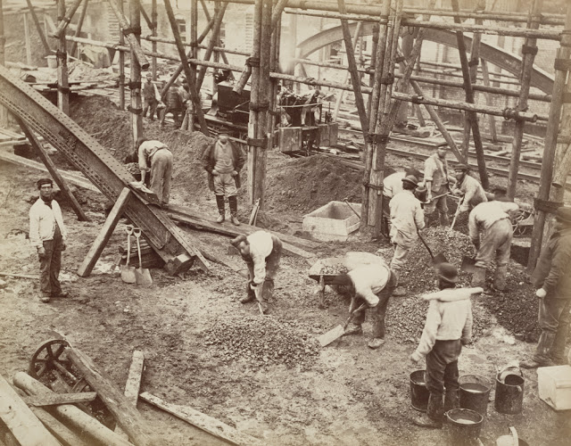 Construction of the Metropolitan Railway, circa 1861 (9).jpg