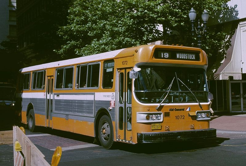1979_AM_General_bus.jpg