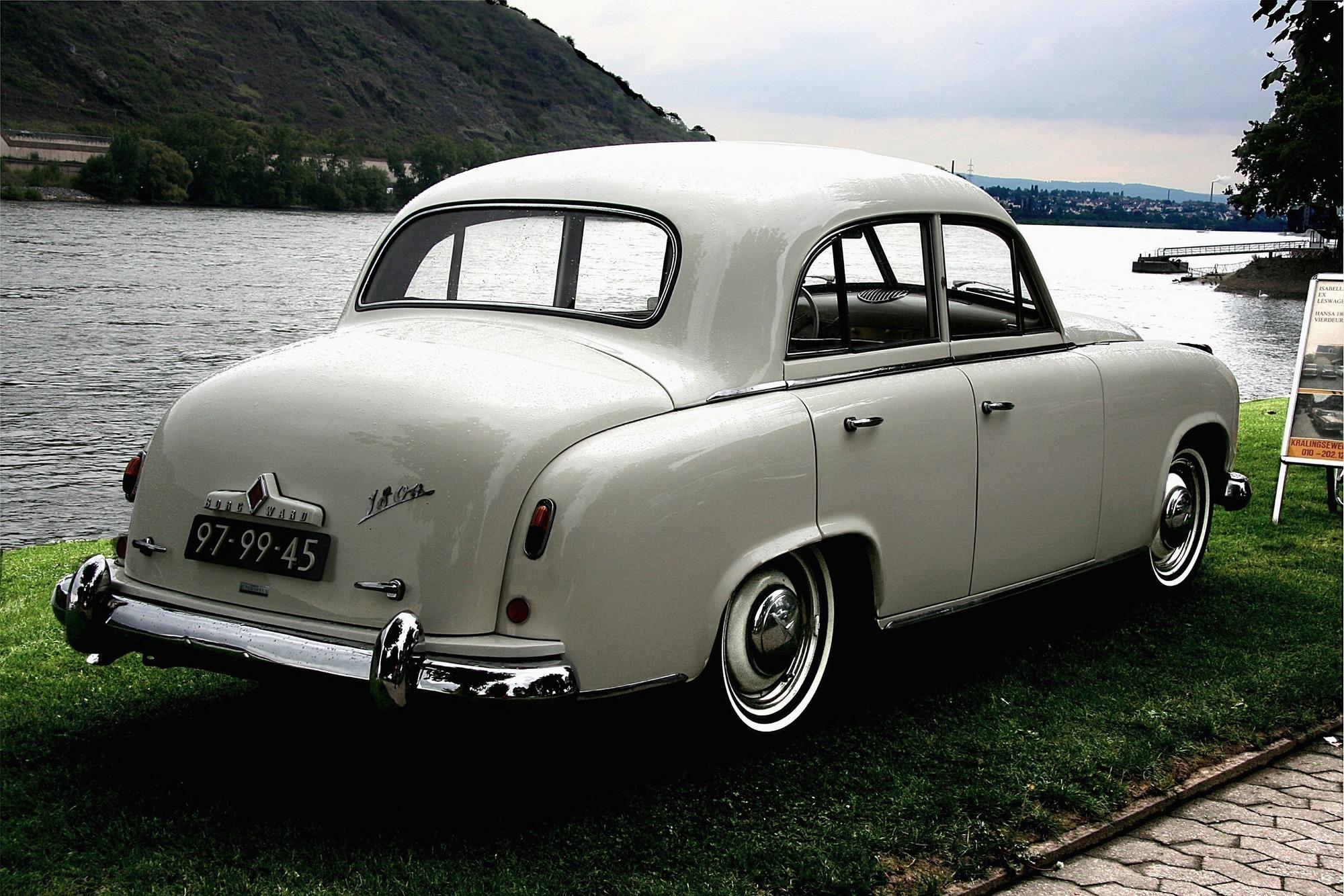 1952_Borgward_Hansa_1800_3.jpg