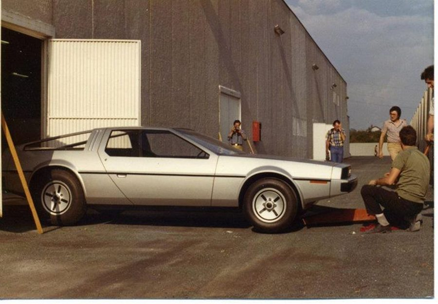 johndelorean06prototypewoodmockup.jpg