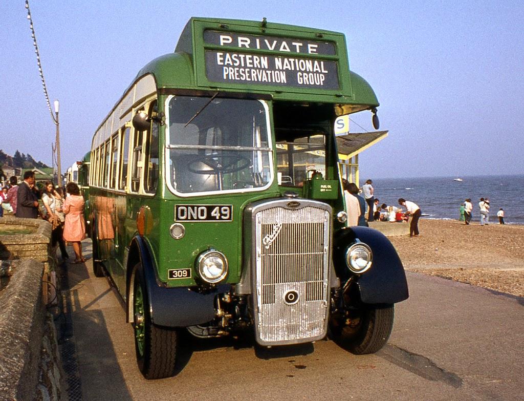 ipswich_to_felixstowe_historic_vehicle_run_in_the_1970s_12_.jpg