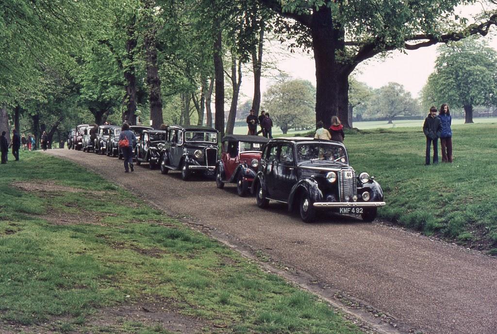 ipswich_to_felixstowe_historic_vehicle_run_in_the_1970s_1_.jpg