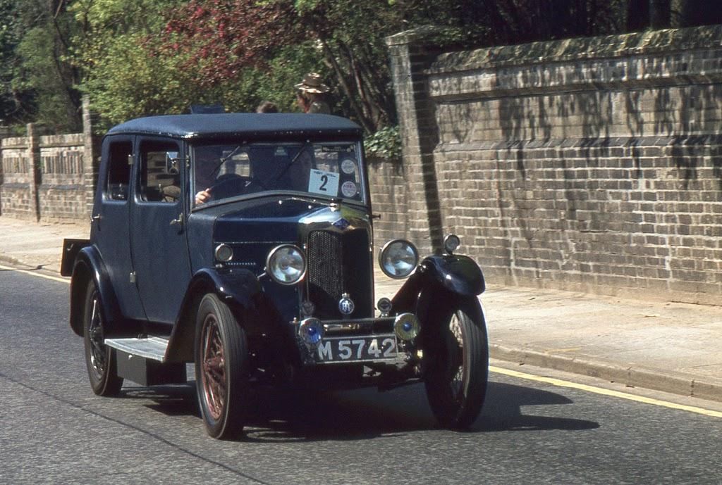 ipswich_to_felixstowe_historic_vehicle_run_in_the_1970s_27_.jpg