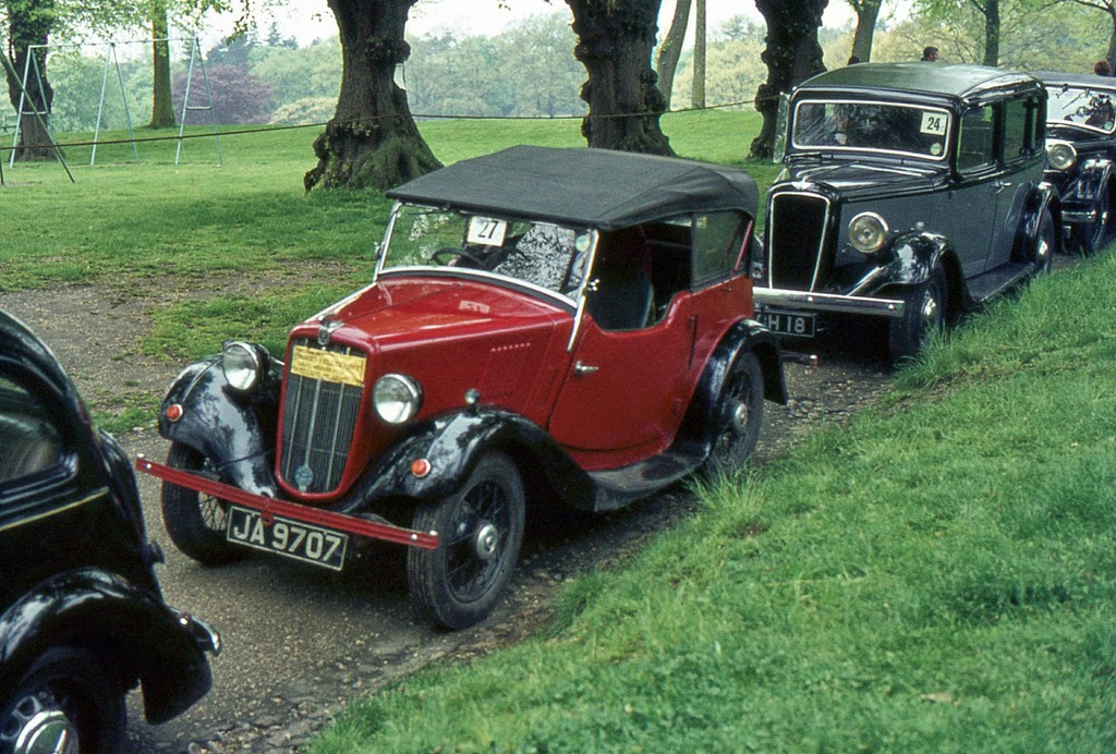 ipswich_to_felixstowe_historic_vehicle_run_in_the_1970s_2_.jpg