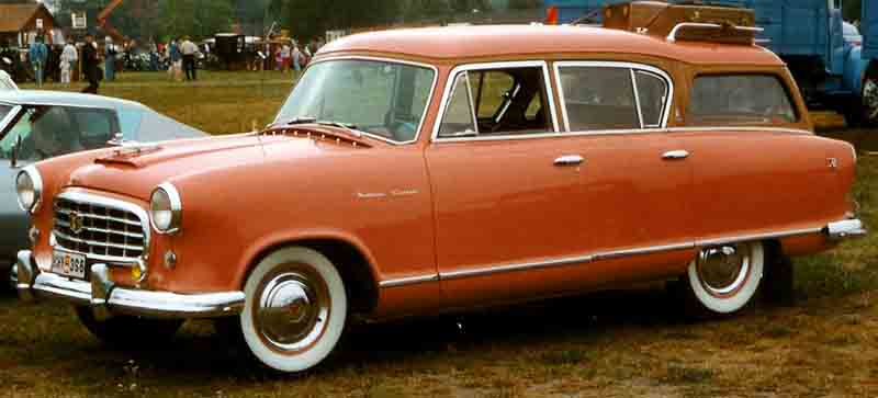 1955_Nash_Rambler_Cross_Country_1955.jpg