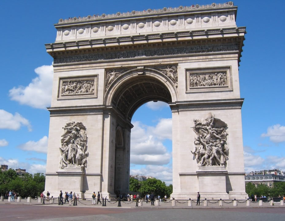 02_alternative-monuments-elephant-1_arc_de_triomphe_paris3.jpg