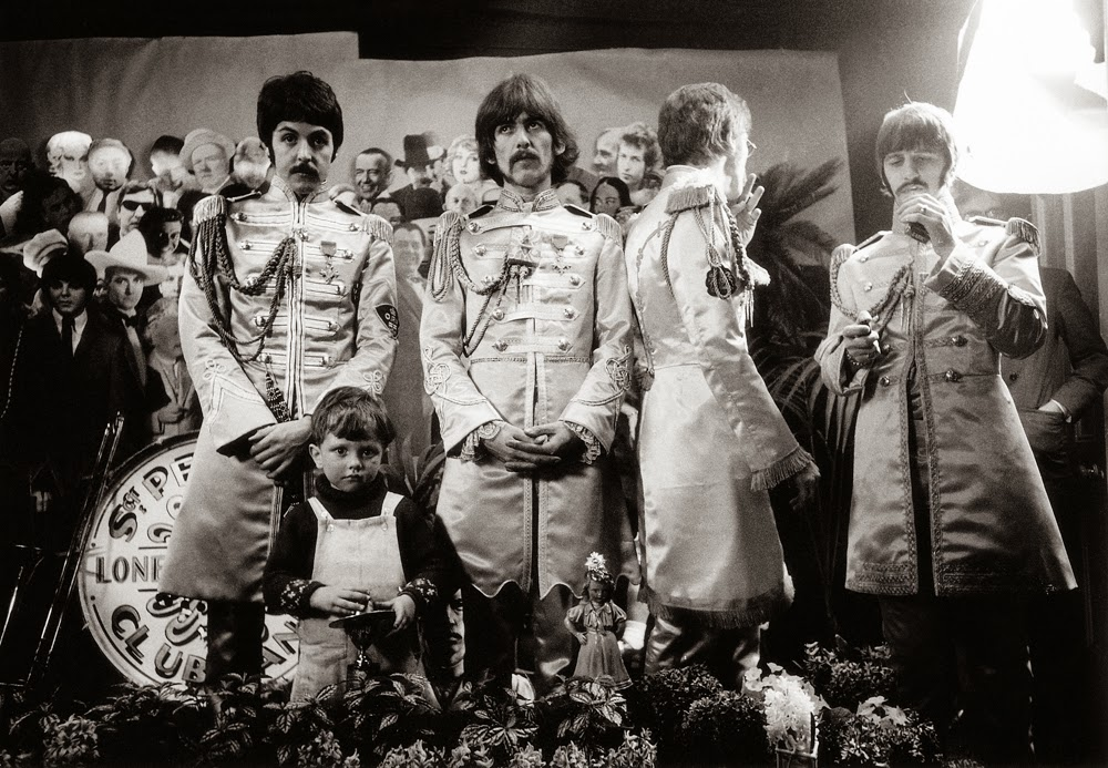 Making The Cover for Sgt Pepper's Lonely Hearts Club Band (2).jpg