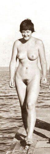 merkel-nude.jpg