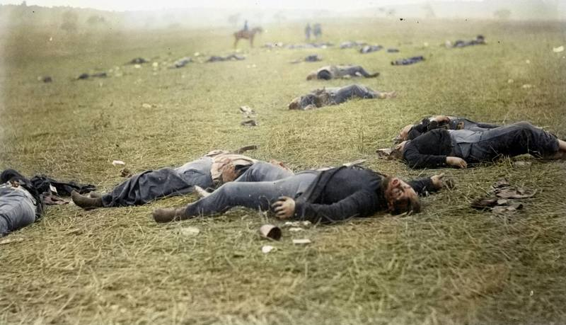 11_civil-war-gettysberg-dead.jpg