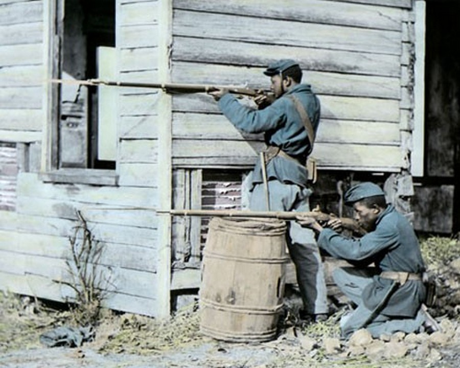 39_Union Colored Troops Firing at the Enemy.jpg