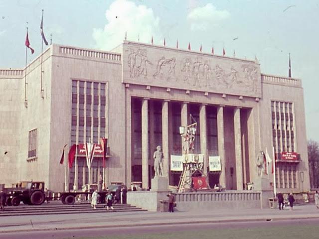 1955. Berlin, Sporthalle.jpg