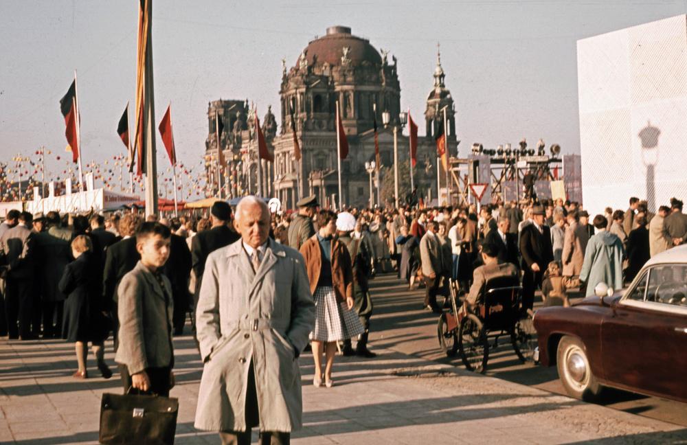 1957. Május 1. Berlinben..jpg