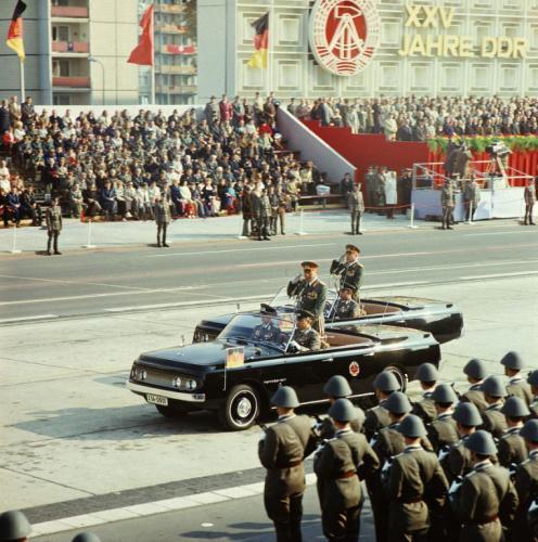 1974. 25 éves az NDK, Berlini felvonulás..jpg