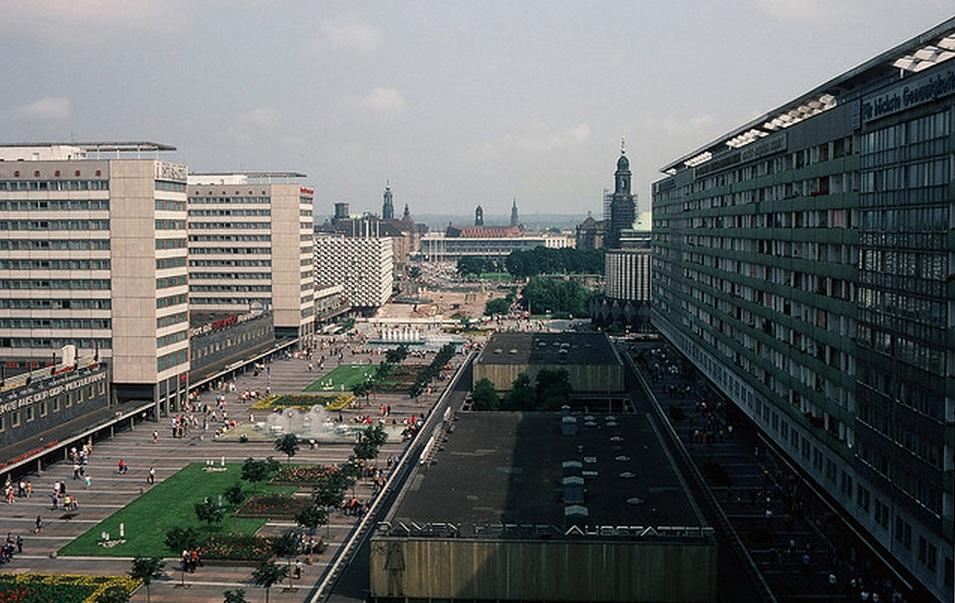 1977. Drezda, városkép.jpg