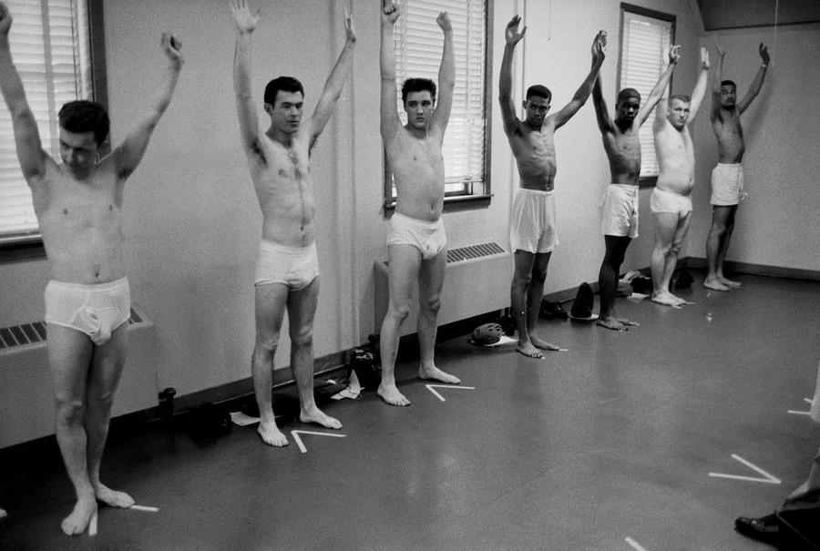 Elvis Presley Joins the Army in 1958 (1).jpg